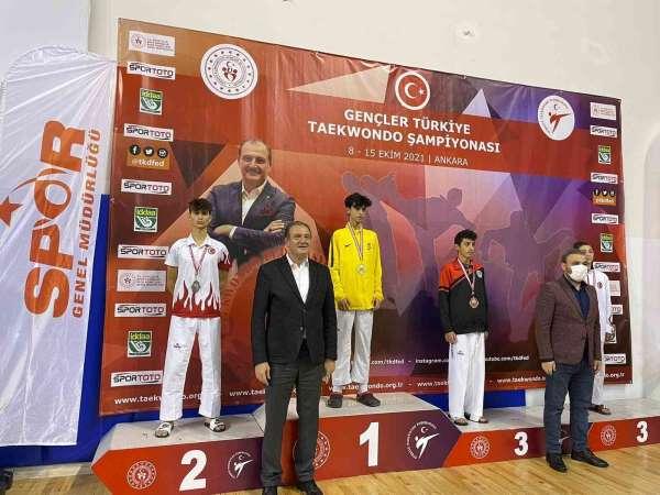 Ereğlili tekvandocu Türkiye 2.si oldu
