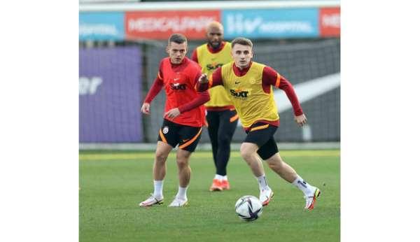 Galatasarayda milli oyuncular da antrenmanda yer aldı