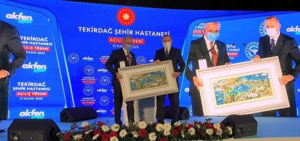 Akfen Holding Yönetim Kurulu Başkanı Hamdi Akın: '3 şehir hastanesine 1,1 milyar