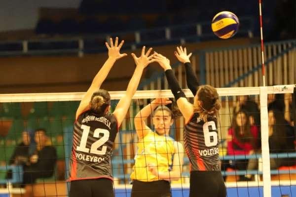 Nevşehir Belediyespor Kadın voleybol takımı, Samsun Anakent'i ağırlayacak