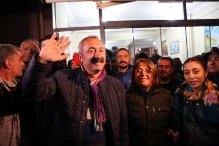 Komünist başkan Tunceli'yi, AK Parti 2 ilçeyi kazandı
