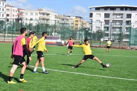 Lider Aliağaspor, Bozöyük maçına bileniyor