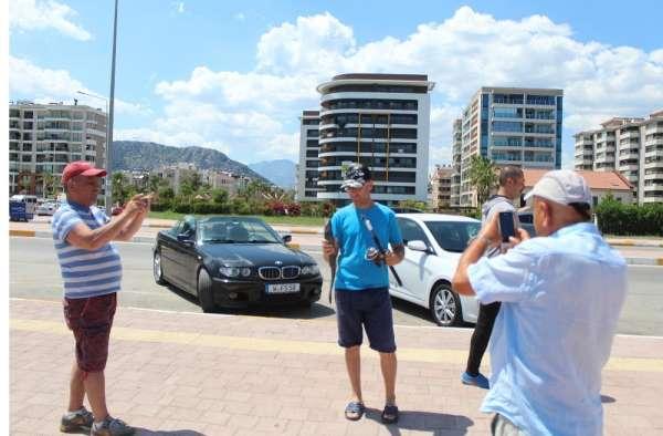 Antalya'da oltaya takılan vantuz balığı şaşkınlığı