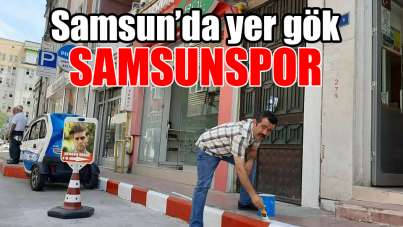 Samsun'da esnaf kaldırımları Samsunspor rengine boyadı