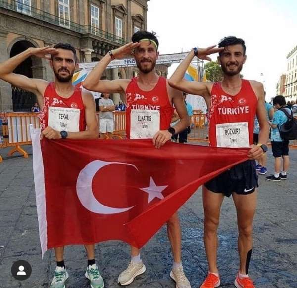 Atletizm Takımı İtalya'da Türk Bayrağını Dalgalandırdı