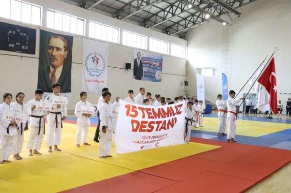 Karaman'da Türk Devletleri Dil Kupası Judo Şampiyonası başladı