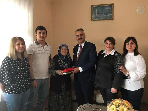 AK Parti'den 15 Temmuz şehit ve gazi ailelerine ziyaret