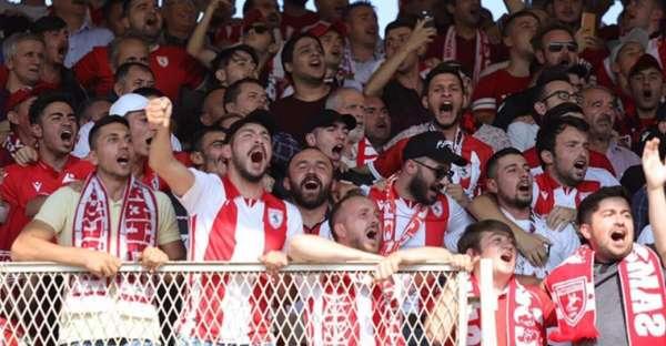 Samsunspor taraftarı BAK Spor maçında görevini yaptı