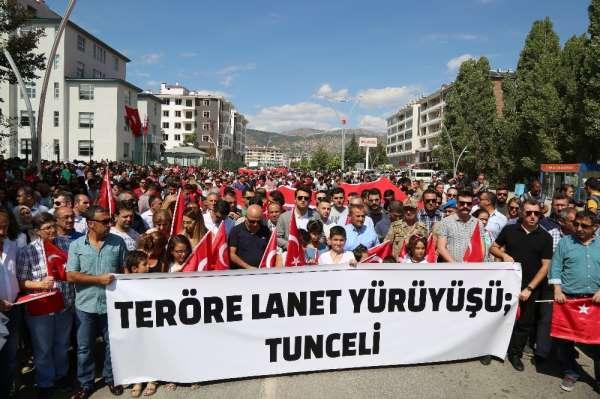 Tunceli'de 'Teröre Lanet Yürüyüşü'