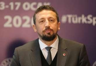 """Hidayet Türkoğlu: """"Türk sporunun daha iyi yerlere geleceğine inanıyorum"""""""