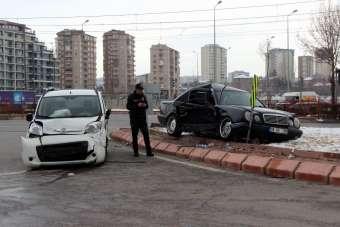 Kayseri'de 2019 yılında 7 bin 184 trafik kazası meydana geldi