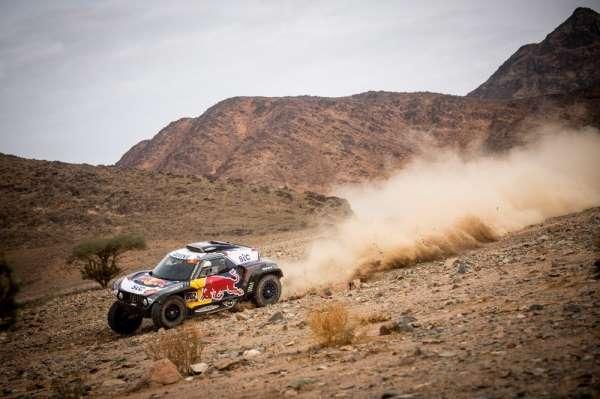 Dakar Rallisi'nde şampiyon Stephane Peterhansel