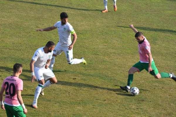 Isparta 32 Spor, 3 futbolcuyu transfer etti