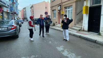 Sinop'ta koronaya karşı müzikli moral