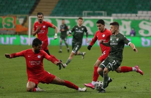 TFF 1. Lig: Bursaspor: 0 - Tuzlaspor: 0 (İlk yarı sonucu)