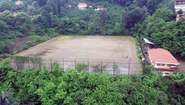 11 yıldır futbola kapalı olan saha amatöre kazandırılması bekleniyor