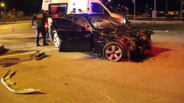 Sivas'ta trafik kazası: polis memuru hayatını kaybetti