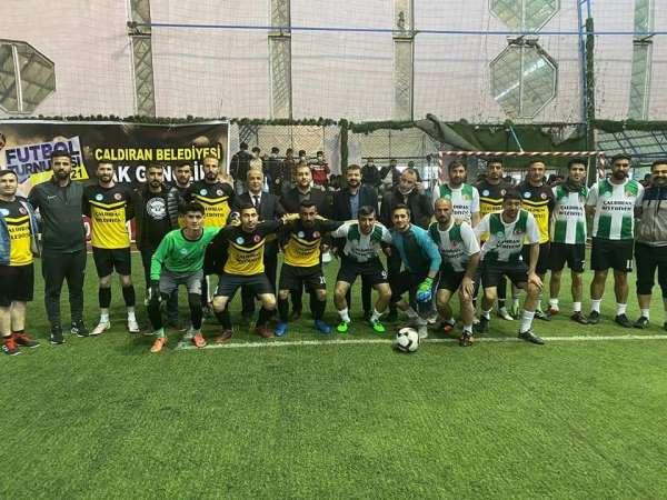 Çaldıranda Ak Gençlik futbol turnuvası sona erdi