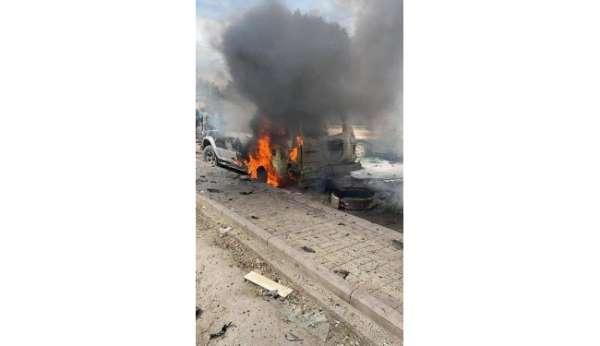 Irakın başkenti Bağdatta bomba yüklü araçla düzenlenen saldırıda en az 4 kişi öldü, 17 kişi yaralandı.