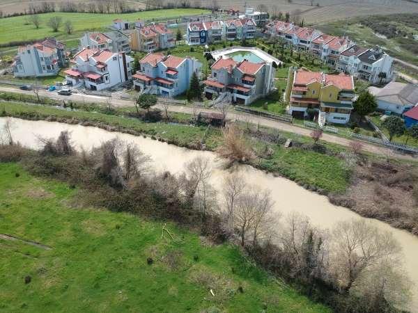 Sinopta yağmur karları eritti, taşkın riski yaşandı