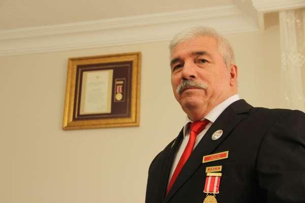 Teröristlerin saldırısında gazi oldu, Devlet Övünç Madalyası 37 yıl sonra geldi