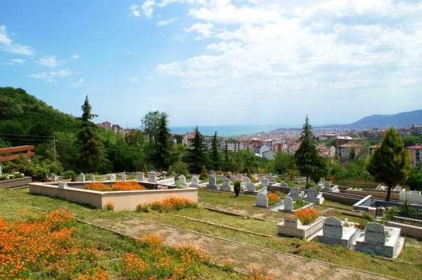 Ordu'da mezarlıklar Ramazan Bayramı'na hazırlanıyor