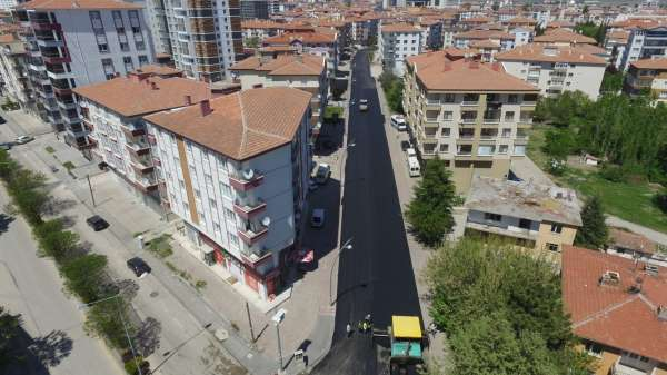 Kahramankazanda asfalt yenileme çalışmaları sürüyor