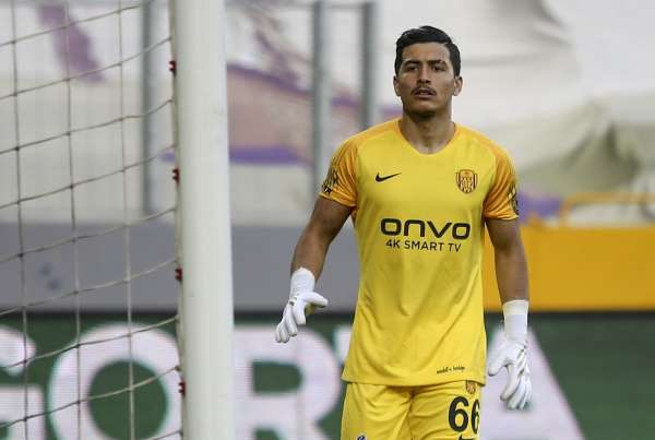 MKE Ankaragücünde Mert Topuz ilk Süper Lig maçına çıktı
