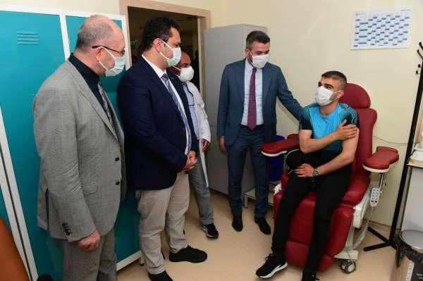 Anadolu Üniversitesinde aşı kampanyası başladı