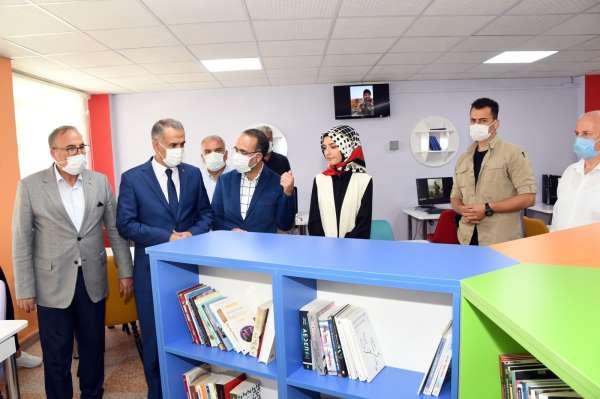 Şehit Ayhan Yanıkın ismi mezun olduğu okulun kütüphanesine verildi