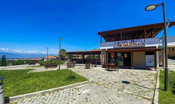 Burhaniye'de Taylıeli ve Dutluca kafeleri açıldı