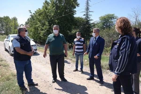 Edirne'de 15 Temmuz Şehitleri Hatıra Ormanı'na dikilen fidanların bakımı yapıldı