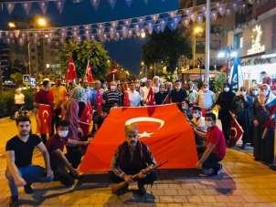 Kozanlılar 15 Temmuz şehitlerini andı