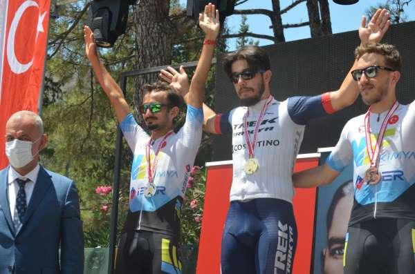 15 Temmuz Bisiklet Turnuvasında şampiyonlar madalyalarını aldı