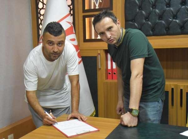 Balıkesirsporda imzalar devam ediyor: