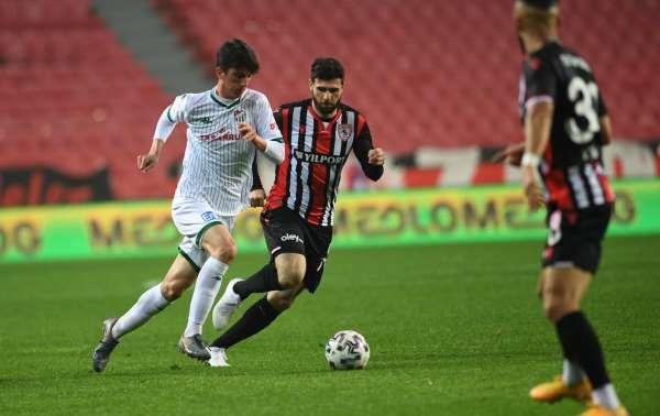 Bursaspordan U19 Milli Takımına iki futbolcu