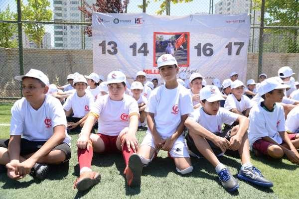 Diyarbakırda 15 Temmuz şehitleri anısına Spora Gel Vatan Turnuvası yapıldı