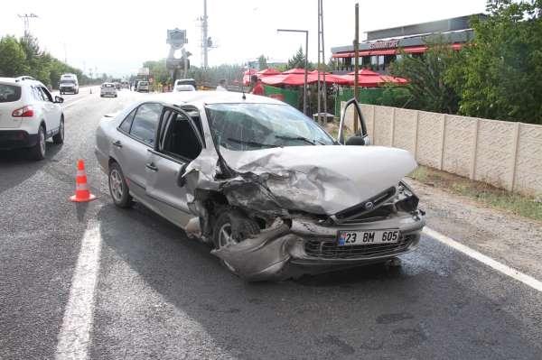 Elazığda zincirleme trafik kazası: 3 yaralı