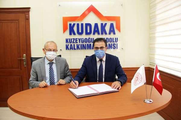 Erzurumda soğuk ve yüksek rakım test merkezi için imzalar atıldı