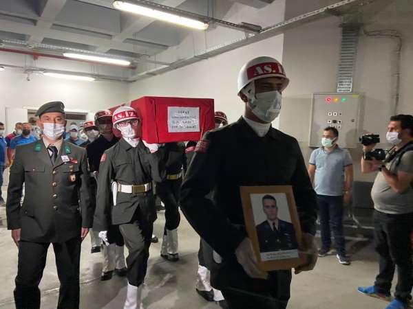 Kazada ölen astsubay için askeri tören