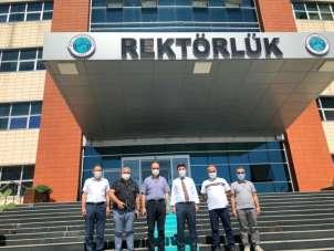 Gümüşhane Üniversitesi Rektörü Zeybek, Rektör Karacoşkun'u ziyaret etti