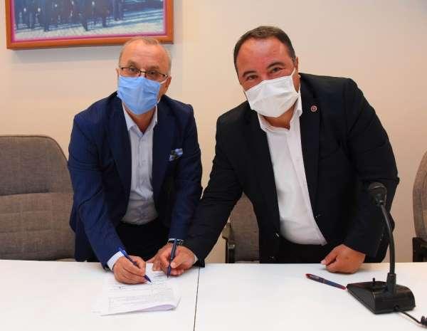 Salihli'de toplu sözleşme sevinci, en düşük maaş 3 bin lira