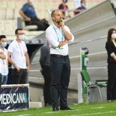 Bursaspor'un en büyük sıkıntısı defans hattı