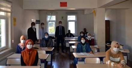 Kaymakam Çelik, Şehit Recep Gündüz Anadolu İmam Hatip Lisesini ziyaret etti