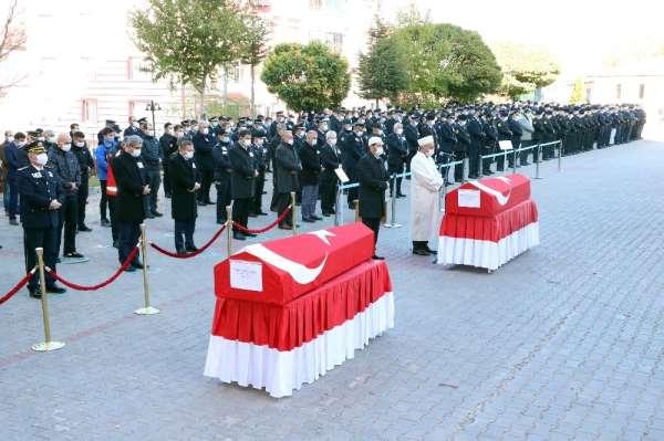 Yozgat'ta trafik kazasında hayatını kaybeden polisler için tören düzenlendi