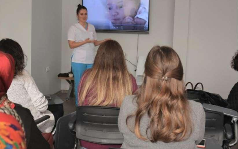 Liv Hospitaldan annelere emzirme eğitimi