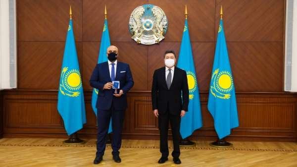 Kazakistan'dan Türk firmasına 'Devlet Onur Madalyası-Dostluk Nişanı'