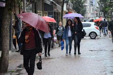Nisan yağmurları Ordu'yu etkisi altına aldı