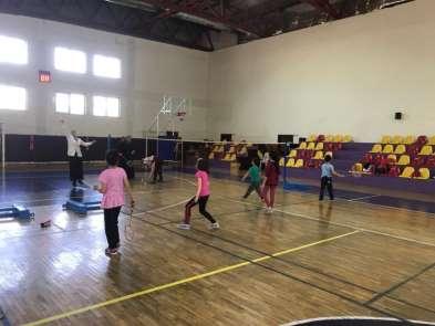 Çocuklar Anneleri İle Spor Yapıyor