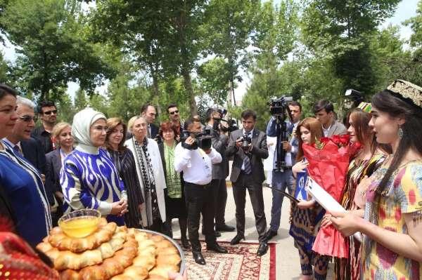 Emine Erdoğan, TİKA destekli rehabilitasyon merkezini açtı